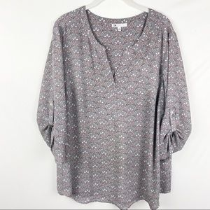 Dr. 2 Blouse Size 1X Gray Floral print 3/4 sleeves